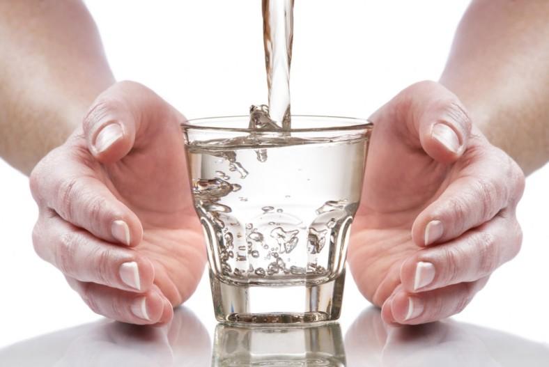 alkaline-water3-1024x685