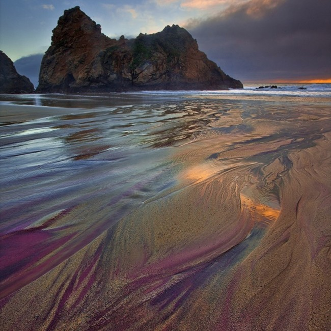 THE EXOTIC PURPLE SANDS  (Pfeiffer Beach)